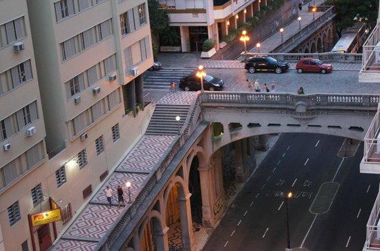 Everest Porto Alegre Hotel: Vista do Apartamento