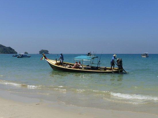 Chez Charly Bungalow: Nay Yang Beach