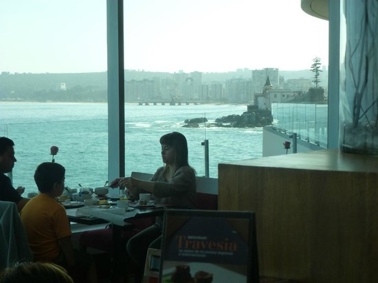 Sheraton Miramar Hotel & Convention Center: salon desayunador