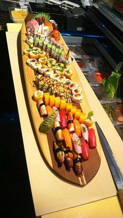 The Bento Box sushi: a Board that Chef Lee created!