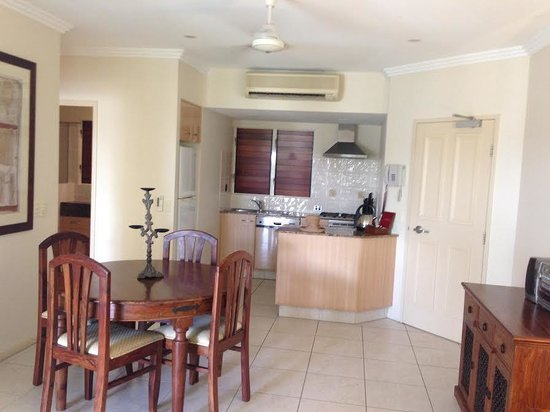 Paradise Links Resort Port Douglas: From lounge area looking to dining area and kitchen