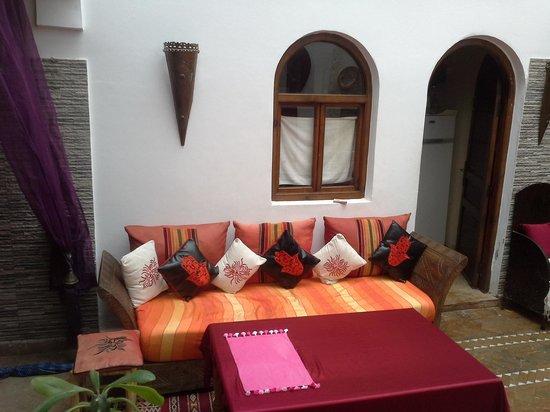 Riad Zehar : Sitting area
