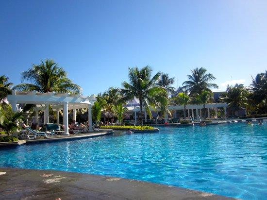 Hotel Riu Montego Bay: Pool at the RIU