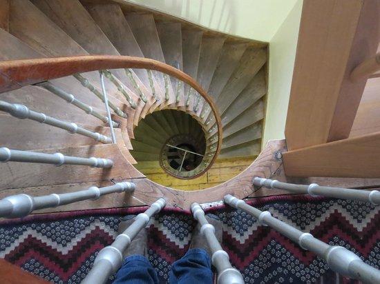 Koen & Annemiene Dieltens: Gorgeous spiral staircase