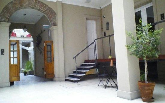 Hotel Patios De San Telmo : door to108