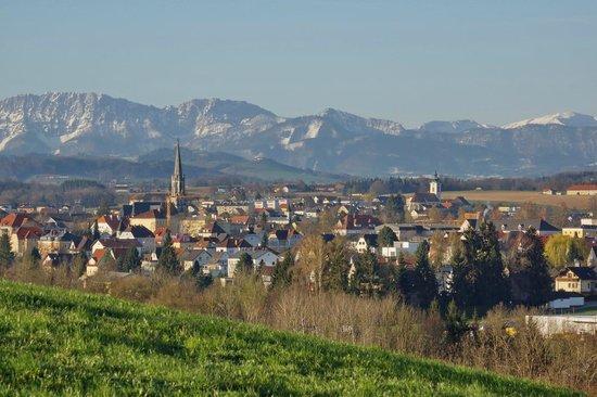 Bad Hall und Pfarrkirchen Blick in die Berge