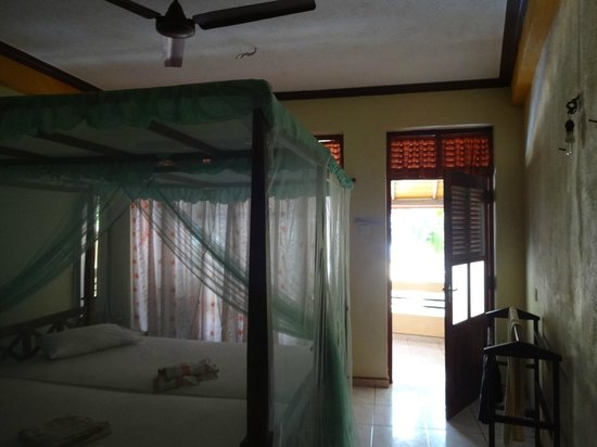 Gayana Guest House & Restaurant : our room