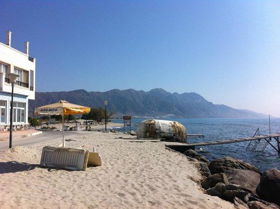 Studios Ladikos Beach: perfect beach, Western side