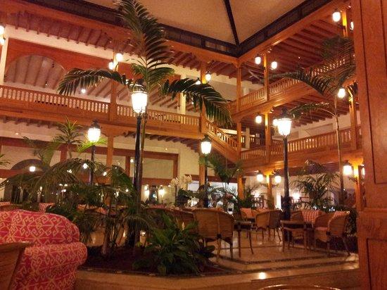 Seaside Los Jameos Playa : inside hotel