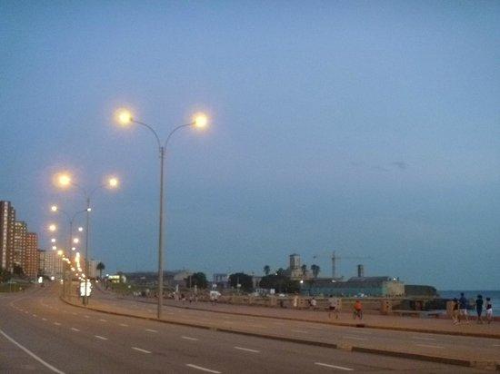 Rambla von Montevideo: La rambla