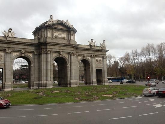 Madrid City Tours: Puerta