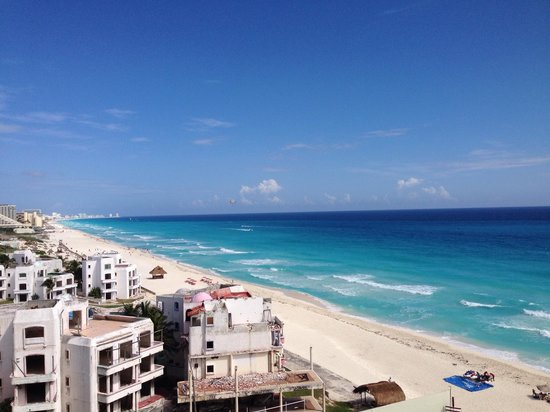 Crown Paradise Club Cancun : View from room