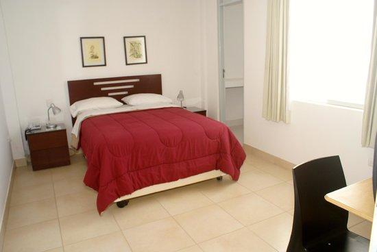 Oro Negro Hostel: Confortables Habitaciones