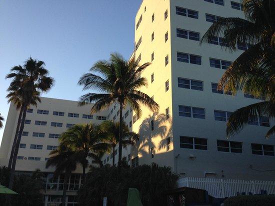 Holiday Inn Miami Beach : Vista 4