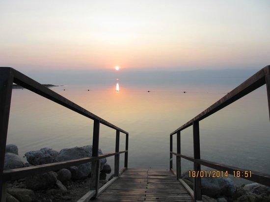 Kempinski Hotel Ishtar Dead Sea : Закат