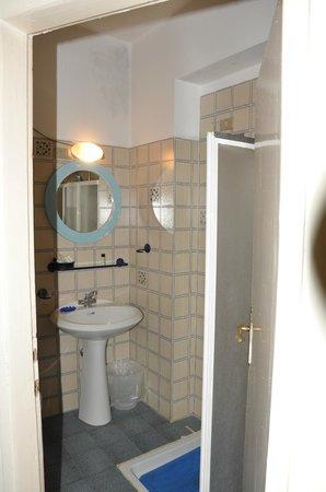 Hotel Fedora: bagno in camera