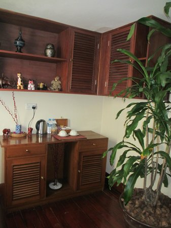 Savoy Hotel Yangon: tea and coffee suite