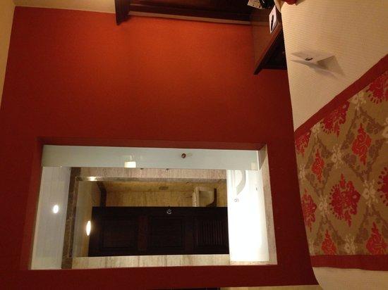 Grand Palladium Vallarta Resort & Spa : Jacuzzi entrance from room side