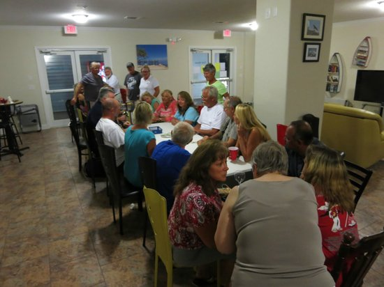Point of View Key Largo RV Resort : Playing Left Centre Right in clubhouse