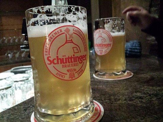 Gasthausbrauerei Schüttinger: Fresh beer