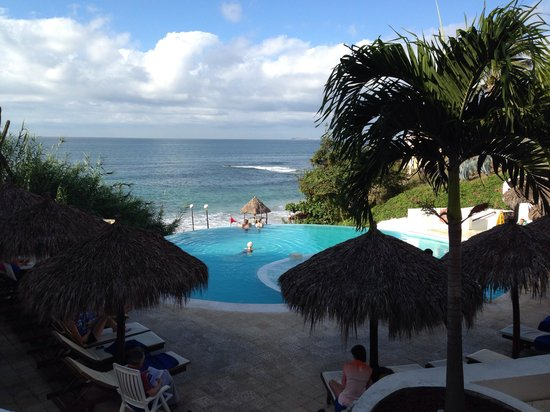 Grand Palladium Vallarta Resort & Spa : The adult pool