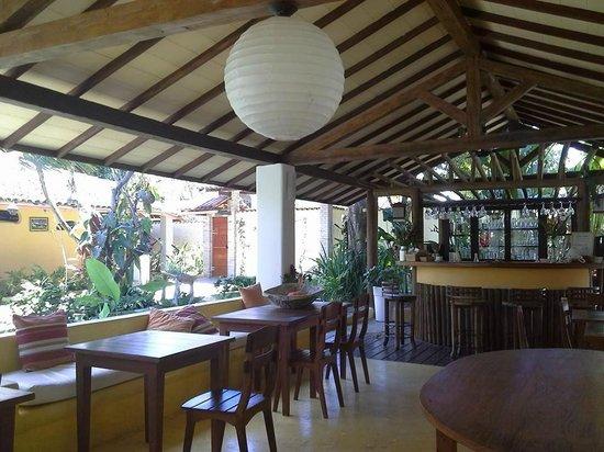 Pousada Jardim das Margaridas: Salon desayunador. Tambien se sirve cafe y torta a la tarde y tragos a la noche
