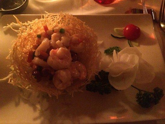 Ba Asian Mood : Gamberetti in cestino di patate