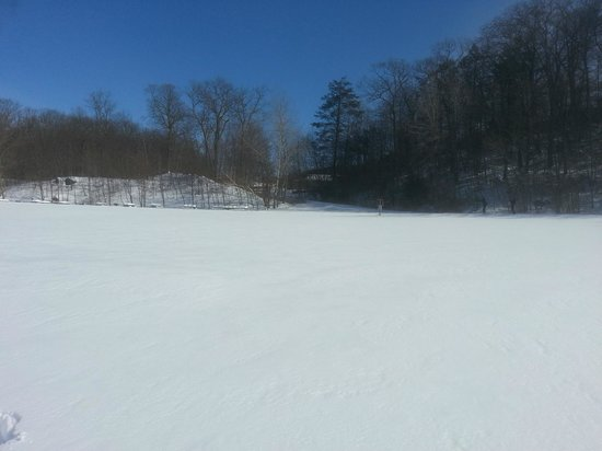 Fahnestock State Park: Looking back towards lodge, from Canopus