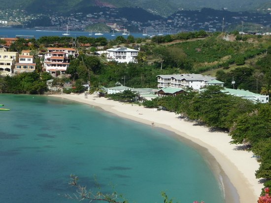 Kalinago Beach Resort: view of Morne Rouge and hotel from La Luna
