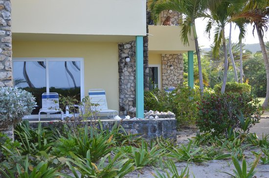 The Palms at Pelican Cove: patio example, from beach