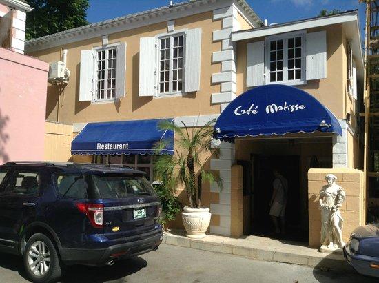 Cafe Matisse : The Entrance