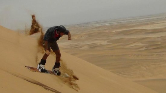 Alter Action Sandboarding: Just take the 'risk' - very little consequences, except for some sand in the air