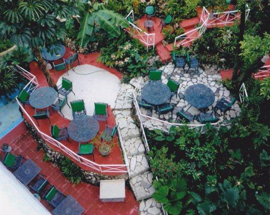 Hotel Jose Contreras: El Jardin