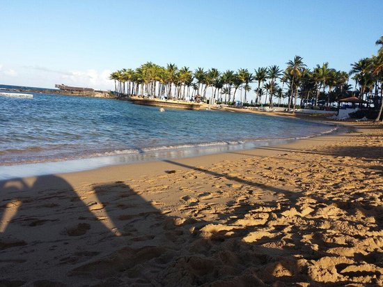 Caribe Hilton San Juan: Lounging on the beach at sundown.