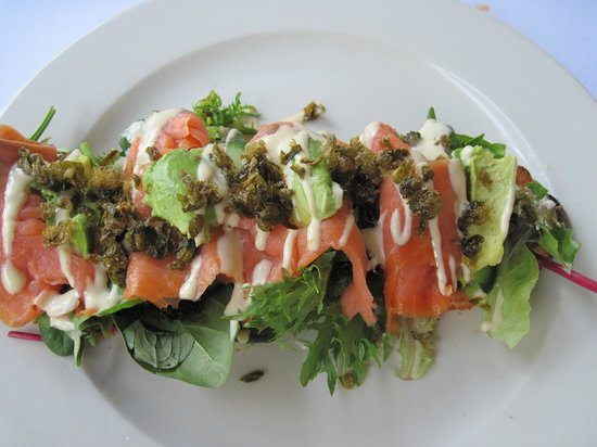 The Magpie Cafe: Salmon was delicious!