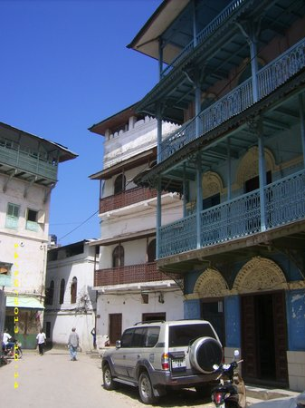Zanzibar Palace Hotel: Don't let the facade fool you.  This place is a TREASURE