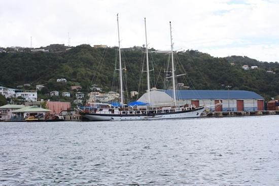 Sails Restaurant & Bar: The Carenage