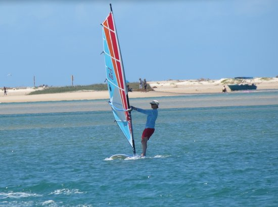 Noosa Watersports: windsurfing noosa river