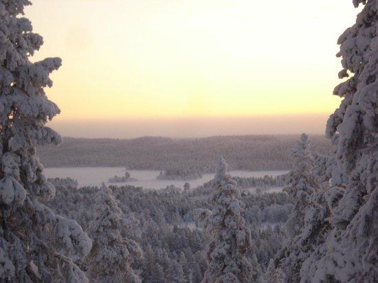 Lapland Hotel Hetta: Vu du haut de la colline