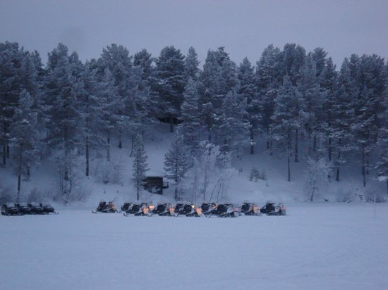 Lapland Hotel Hetta: Sur le lac, face à l'hôtel