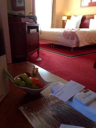 Hotel Metropole Geneve: junior suite