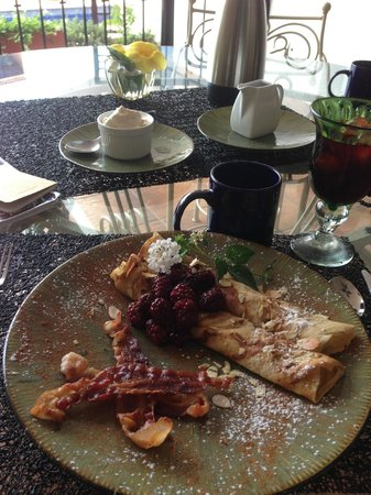 Casa Amorita : Breakfast crepes