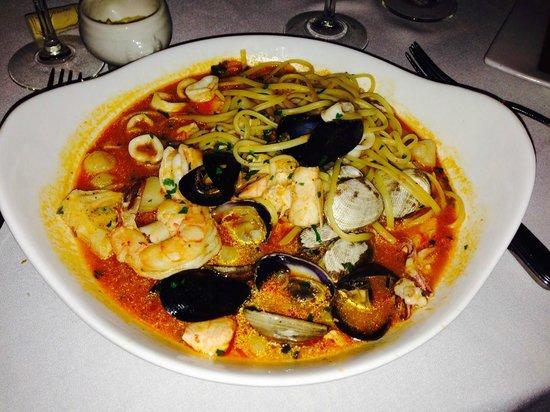 Lavender Bistro : Seafood Linguine