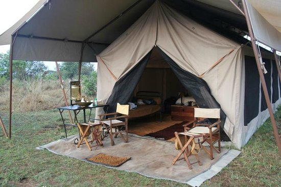 andBeyond Serengeti Under Canvas: Our room.