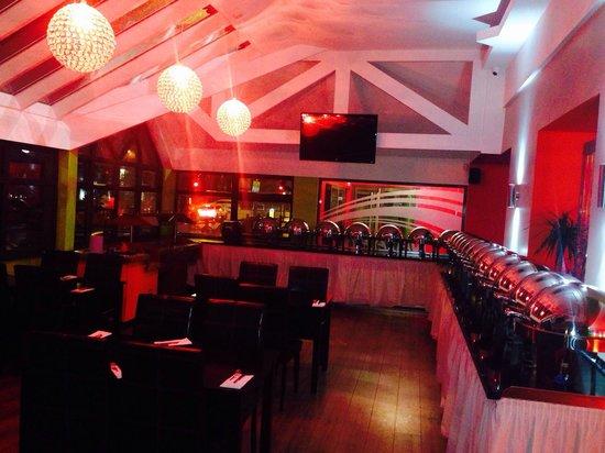 Nayaab Buffet Restaurant: Nayaab's Buffet Area.