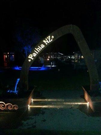 Paihia Harbour : Paihia by night