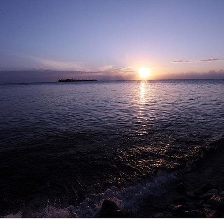 Glover's Atoll Resort: After the Stingrays and Nurse Sharks eat beautiful sunsets