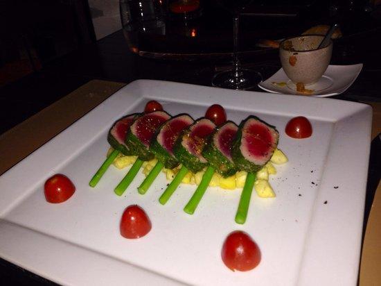 Barracuda Restaurant : Tuna with Thai asparagus