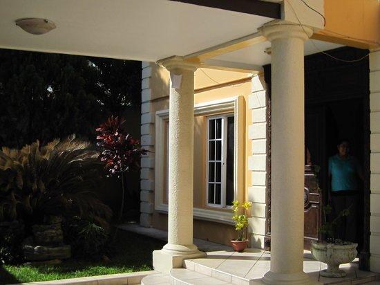 Hotel Boutique Casa Meredon: Entry to Casa Merendon