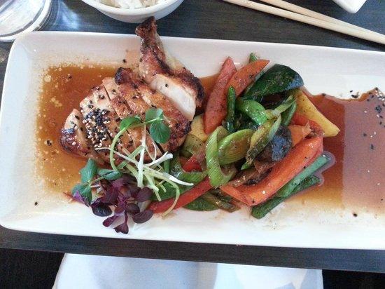 Wasabi Sabi : Teriyaki chicken with grilled vegies